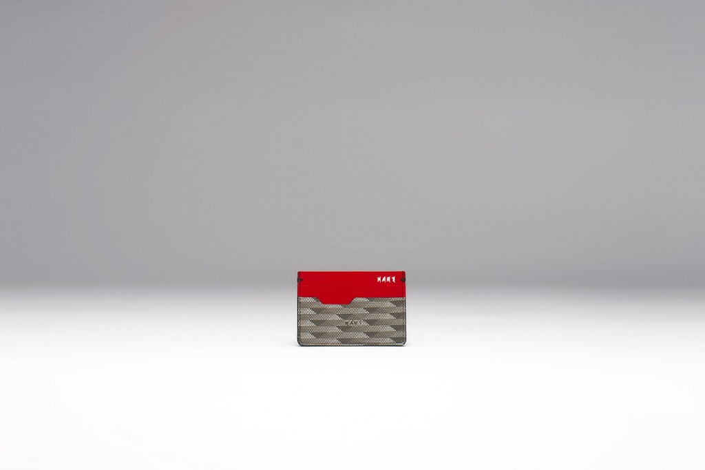 04_card_holder_red