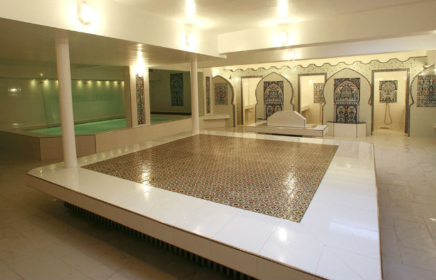 hammam-pacha-salle-tiede-630x405-otcp-dr